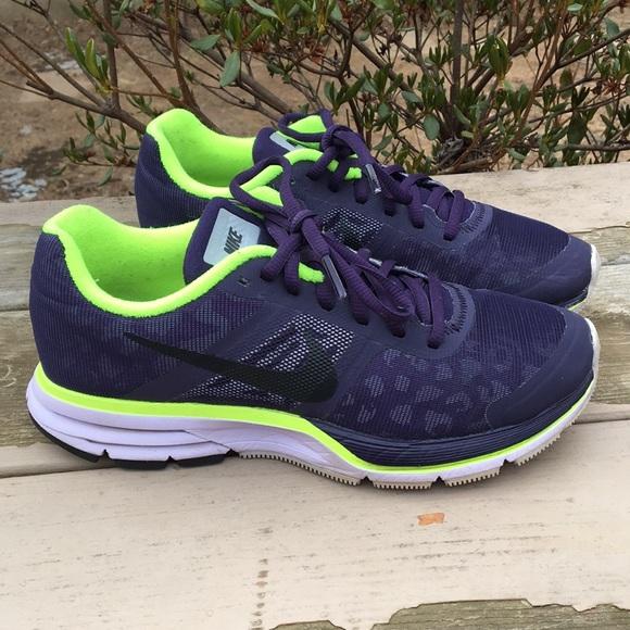 c06a520f9401 Women s Nike H2O Repel Pegasus 30. M 5a77274efcdc31775ab59c7b